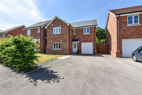 4 bedroom detached house for sale - Holly Drive, Four Marks, Alton, Hampshire