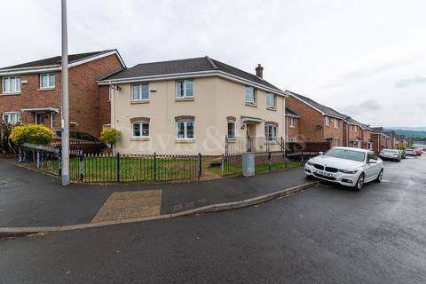 4 bedroom semi-detached house for sale - Hanbury Grove, Pontypool, Monmouthshire. NP4 6FD