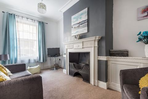 3 bedroom flat to rent - Higham Place, City Centre, Newcastle upon Tyne