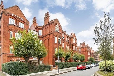 3 bedroom flat to rent - Hamlet Gardens, W6