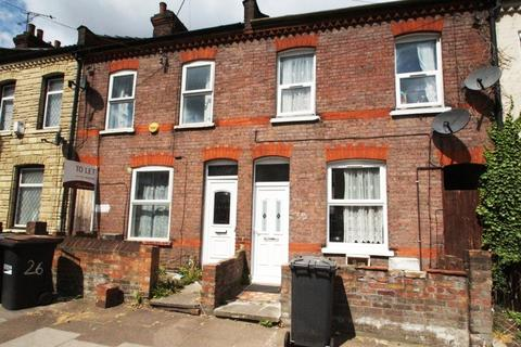 4 bedroom terraced house to rent - Shirley Road, Town Centre, Luton, LU1 1NZ