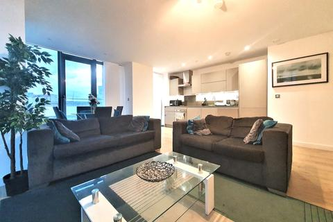 2 bedroom apartment to rent - Stratosphere Tower, Stratford E15