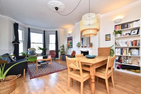 2 bedroom flat to rent - Sunderland Road