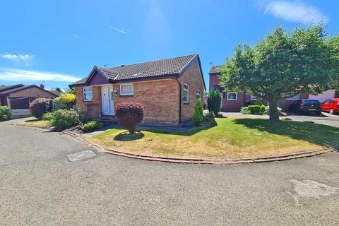 2 bedroom detached bungalow for sale - Bladen Close, Cheadle Hulme