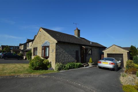 2 bedroom detached bungalow for sale - Linden Close, Prestbury, Cheltenham
