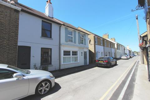 2 bedroom house for sale - York Road, Walmer, CT14