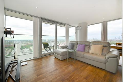 2 bedroom flat for sale - Landmark East Tower, 24 Marsh Wall, London