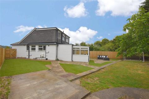 4 bedroom semi-detached house for sale - Barfield Park, Lancing, West Sussex, BN15