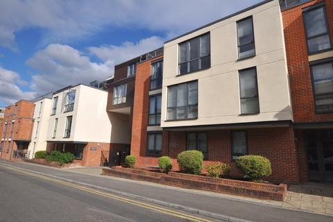 1 bedroom apartment for sale - Martyr Road, Guildford