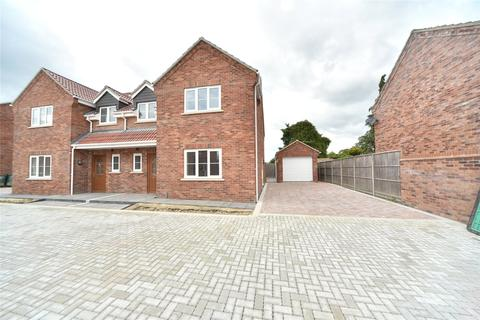 2 bedroom semi-detached house for sale - Skye Gardens, Feltwell, Thetford, Norfolk, IP26
