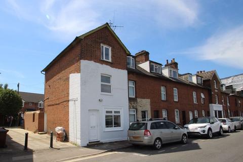 2 bedroom apartment - Priory Road, Tonbridge, TN9 2AQ