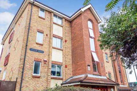 1 bedroom apartment for sale - Lavette House, Rainhill Way, London, E3