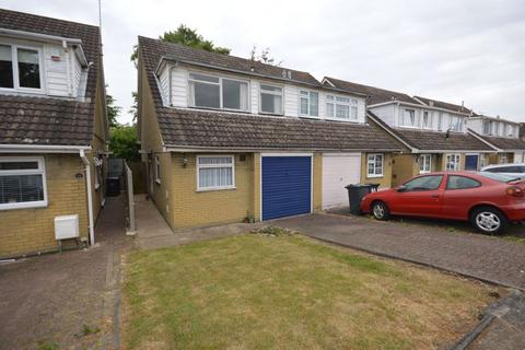 3 bedroom semi-detached house for sale - Seaton Road, Luton