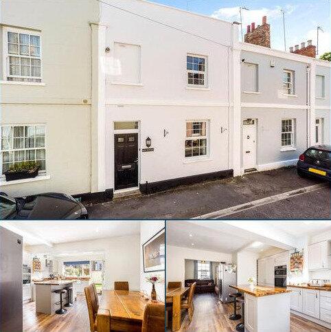 2 bedroom terraced house for sale - Little Bayshill Terrace, Cheltenham, Gloucestershire, GL50
