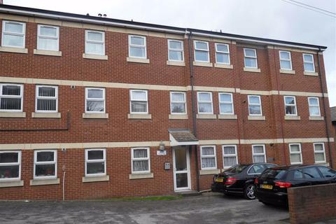 2 bedroom flat to rent - Chapel Fold, Armley