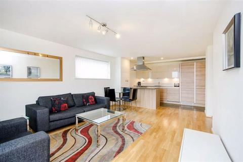 2 bedroom flat to rent - Crowder Street, London, E1
