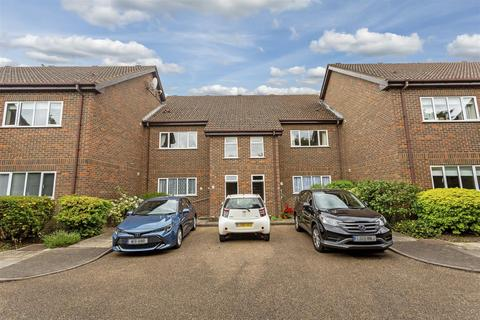 2 bedroom apartment for sale - Forge Lane, Cheam, Sutton