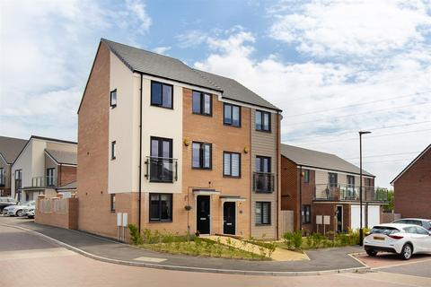 3 bedroom townhouse for sale - Osprey Walk, Newcastle Upon Tyne