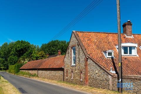3 bedroom barn conversion for sale - Blakeney Road, Letheringsett, Holt, NR25