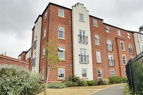 2 bedroom penthouse for sale - Horshoe Crescent, Great Barr, Birmingham