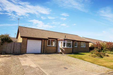 4 bedroom detached bungalow for sale - Hauxley Way, Amble, Morpeth