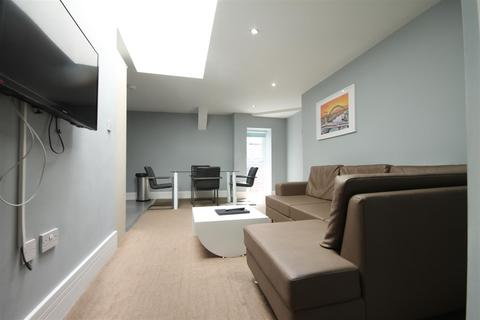 2 bedroom apartment to rent - Manfield Building, City Centre