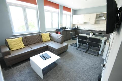 3 bedroom apartment to rent - Manfield Building, City Centre