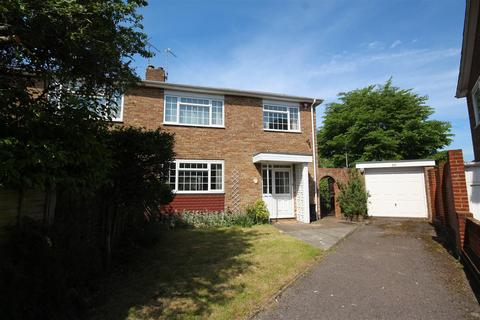 3 bedroom semi-detached house to rent - Overhill Gardens, Brighton