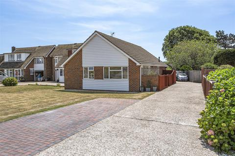 3 bedroom detached bungalow for sale - Kingston Close, Seaford