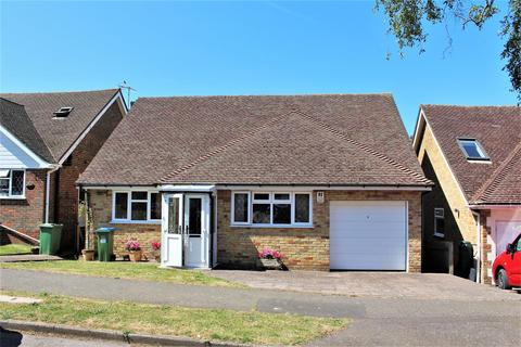 2 bedroom bungalow for sale - Alfriston Park, Seaford