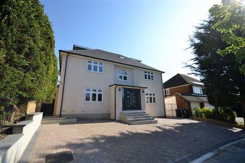 6 bedroom detached house to rent - Claremont Road, Hadley Wood, Hertfordshire