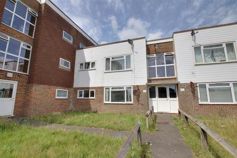 2 bedroom flat to rent - Balcombe Road, Peacehaven