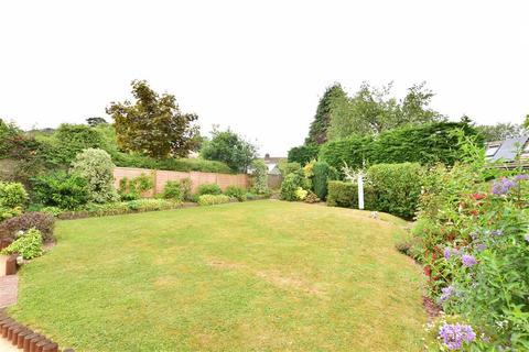 4 bedroom detached house for sale - Woodhill Park, Pembury, Tunbridge Wells, Kent