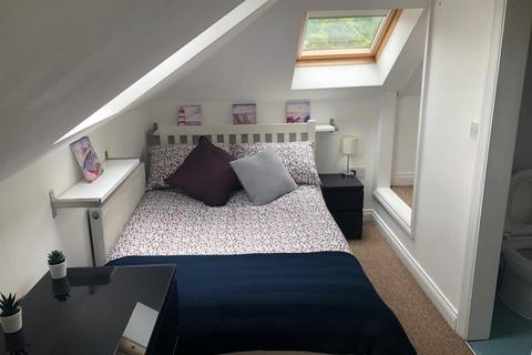 1 bedroom house share to rent - Bournemouth Road, Poole, Dorset BH14 9HT, UK