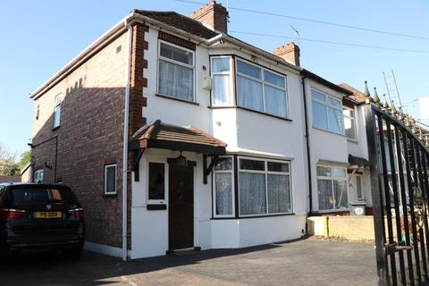 3 bedroom semi-detached house to rent - Spring Grove, Hounslow, TW3