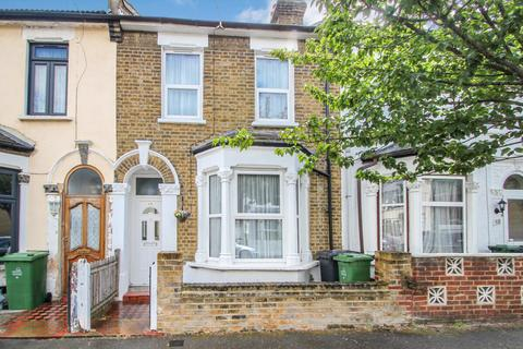 3 bedroom terraced house for sale - Pearcroft Road, Leytonstone, London, E11