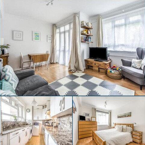 2 bedroom flat for sale - Albert Drive, Southfields