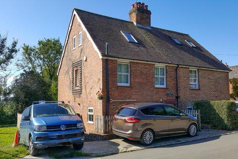 3 bedroom semi-detached house for sale - 1 Mile to Etchingham Train Station