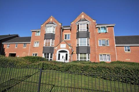2 bedroom ground floor flat to rent - Flat 2 Balmoral House