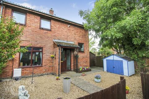 3 bedroom end of terrace house for sale - Homelea Crescent, Lingwood, Norwich