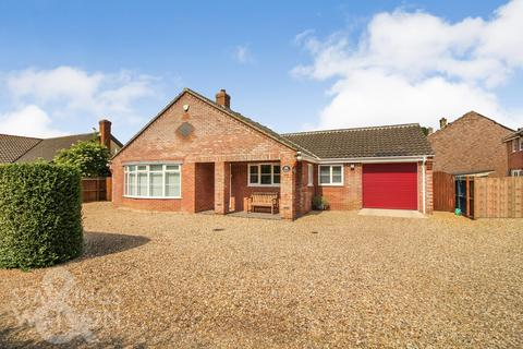 3 bedroom detached bungalow for sale - Mill Road, Tivetshall St. Margaret, Norwich