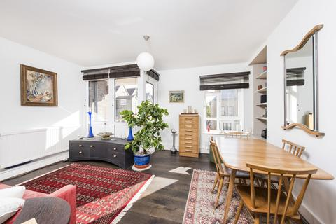 2 bedroom apartment for sale - Connaught Road, Stroud Green, London