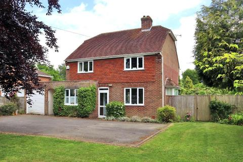 3 bedroom detached house for sale - The Common, Cranbrook, Kent, TN17 2HT