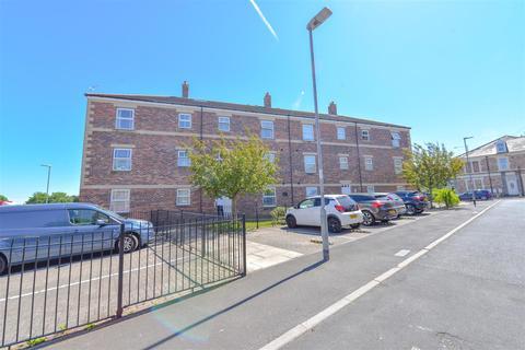 1 bedroom flat for sale - Hartington Court, Gateshead