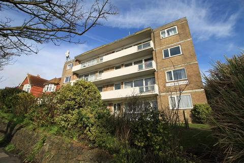 2 bedroom flat for sale - Upper Sea Road, Bexhill-On-Sea