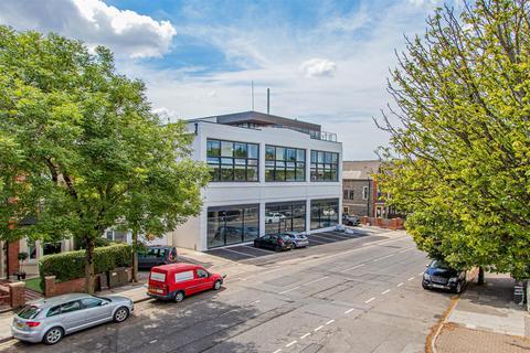 2 bedroom duplex for sale - The Moorwell, Windsor Road, Penarth