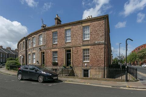3 bedroom maisonette to rent - St. Thomas Crescent, Newcastle Upon Tyne