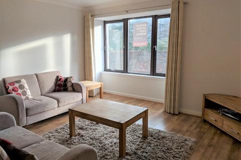 2 bedroom flat to rent - Albert Den, Rosemount, Aberdeen, AB25