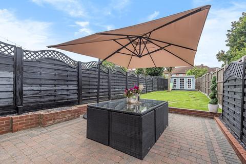 3 bedroom terraced house for sale - Middle Park Avenue, Eltham, SE9