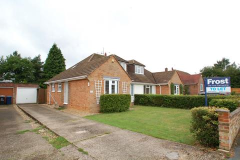 4 bedroom bungalow to rent - Fennels Farm Road, Flackwell Heath, High Wycombe, HP10